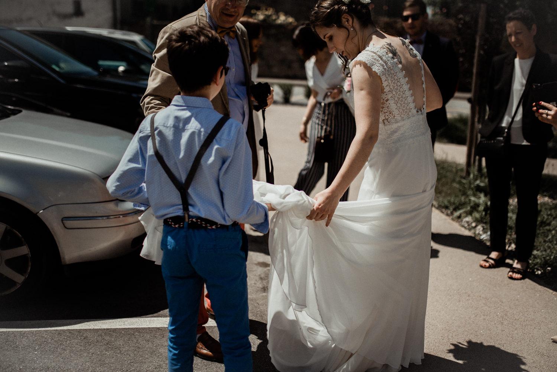 Reportage de mariage cérémonie civile à la mairie en Bretagne