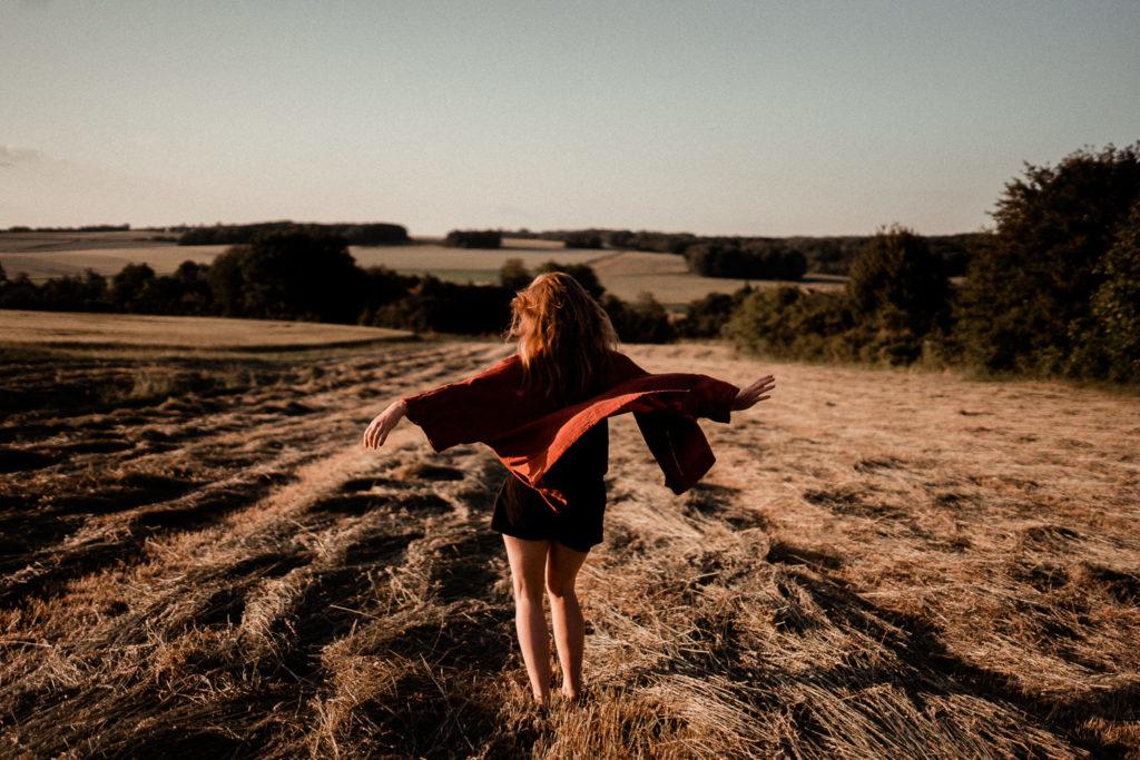 Danse intuitive portraits sauvages Hélène Halgand Photographe